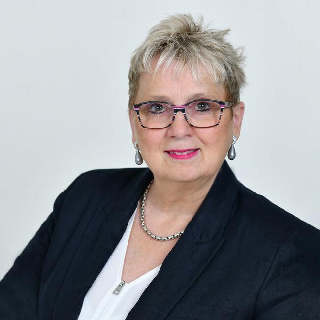 Silvia Schweizer
